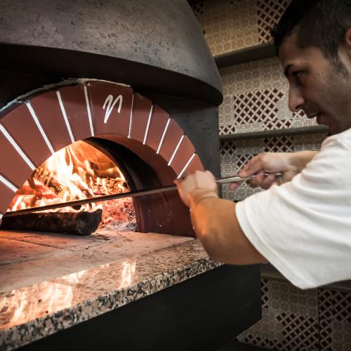 pizzeria1000x1000b