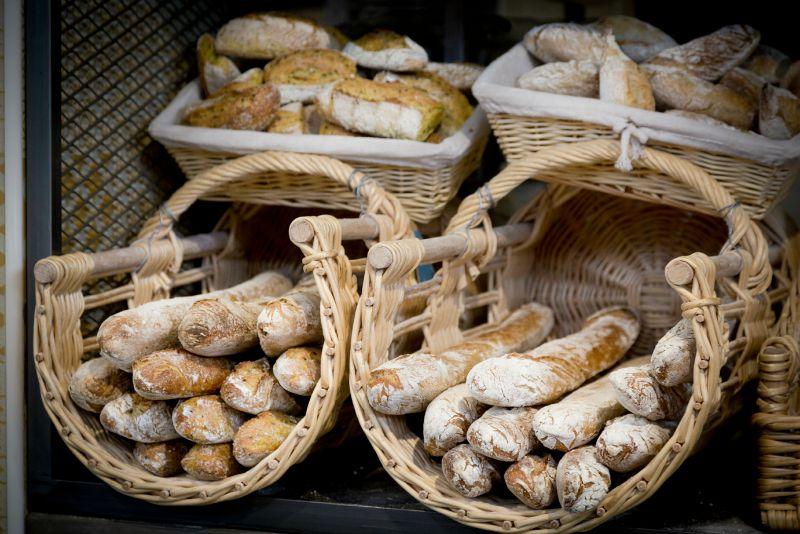 David bedu per fare il pane ci vuole poesia retrobotteghe for Interni case parigine