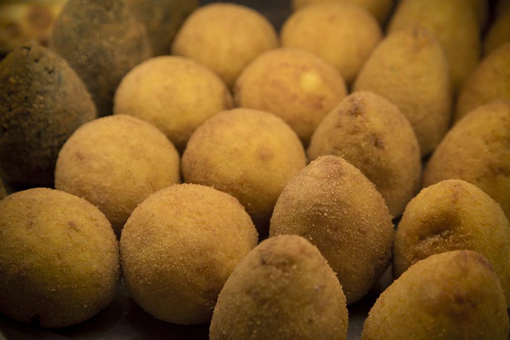 Arà - Specialità Siciliane - Arancini - Carmelo Pannocchietti