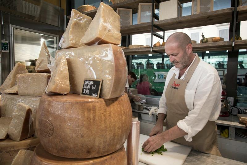 Beppe Giovale, l'arte di fare il formaggio si tramanda da generazioni